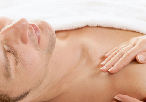 effleurage le massage naturiste nice